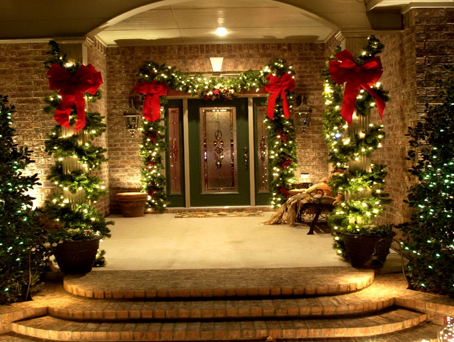 Christmas porch decorations uk home design ideas for Home christmas decorations uk