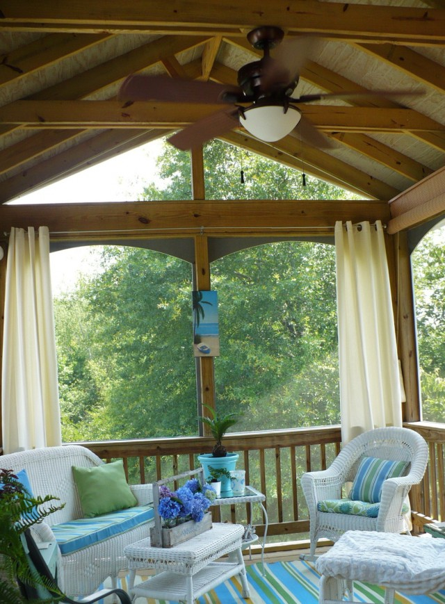Decorating A Screened In Porch On A Budget