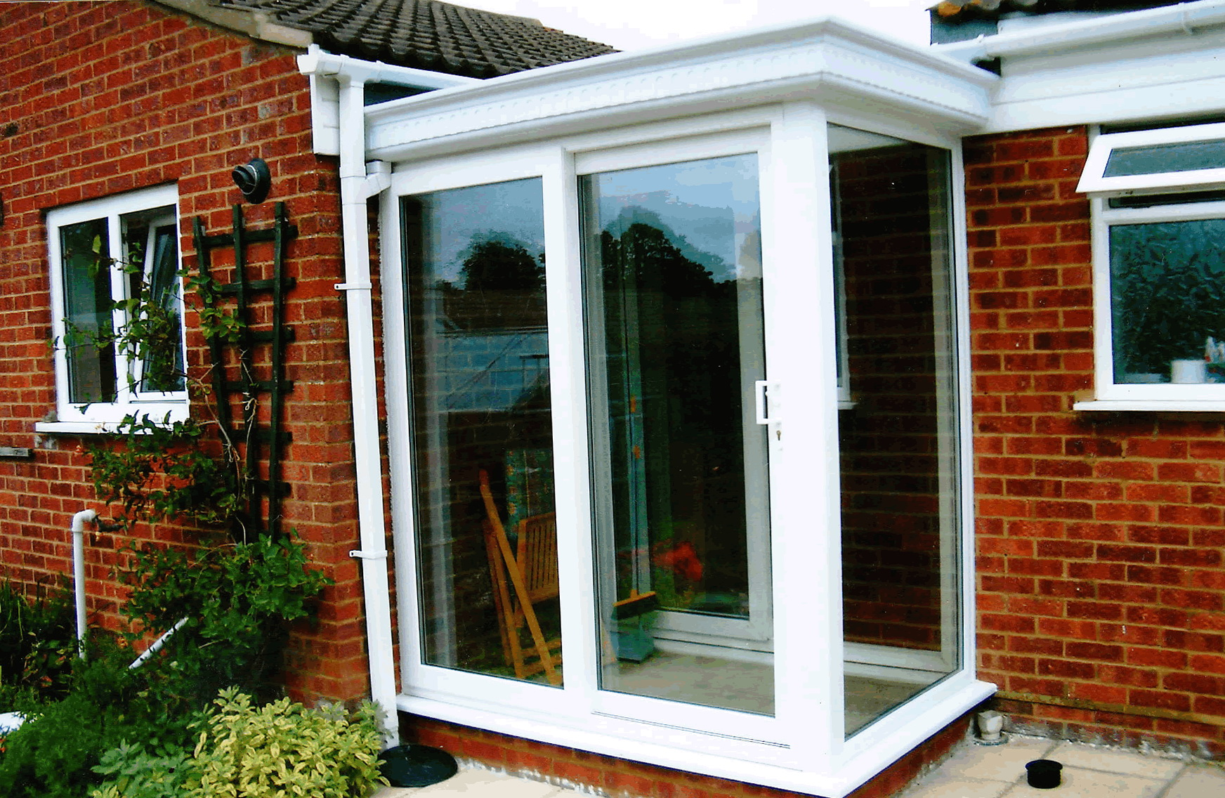 Flat roof porch designs uk home design ideas for Flat roof porches