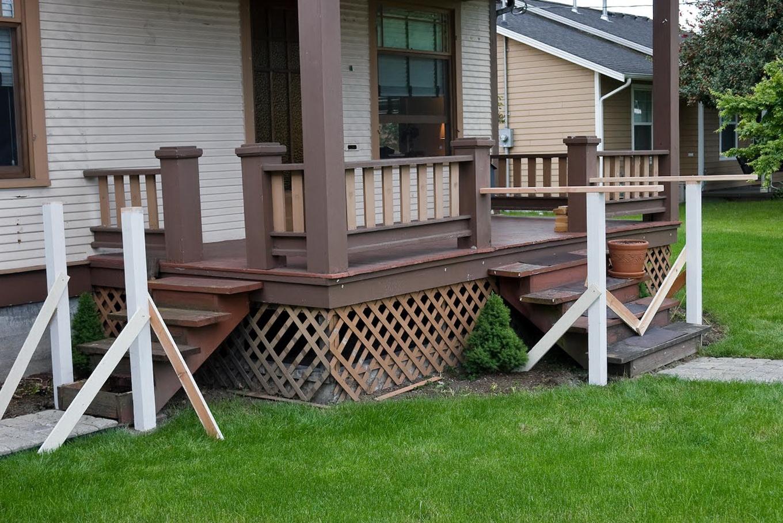 Front Porch Rails Designs