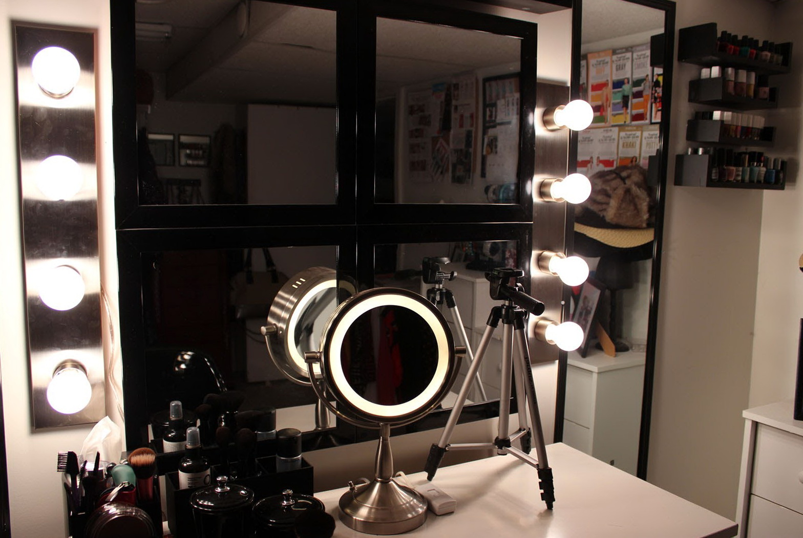 Makeup Vanity Lights Plug In : Makeup Vanity Lights Plug In Home Design Ideas