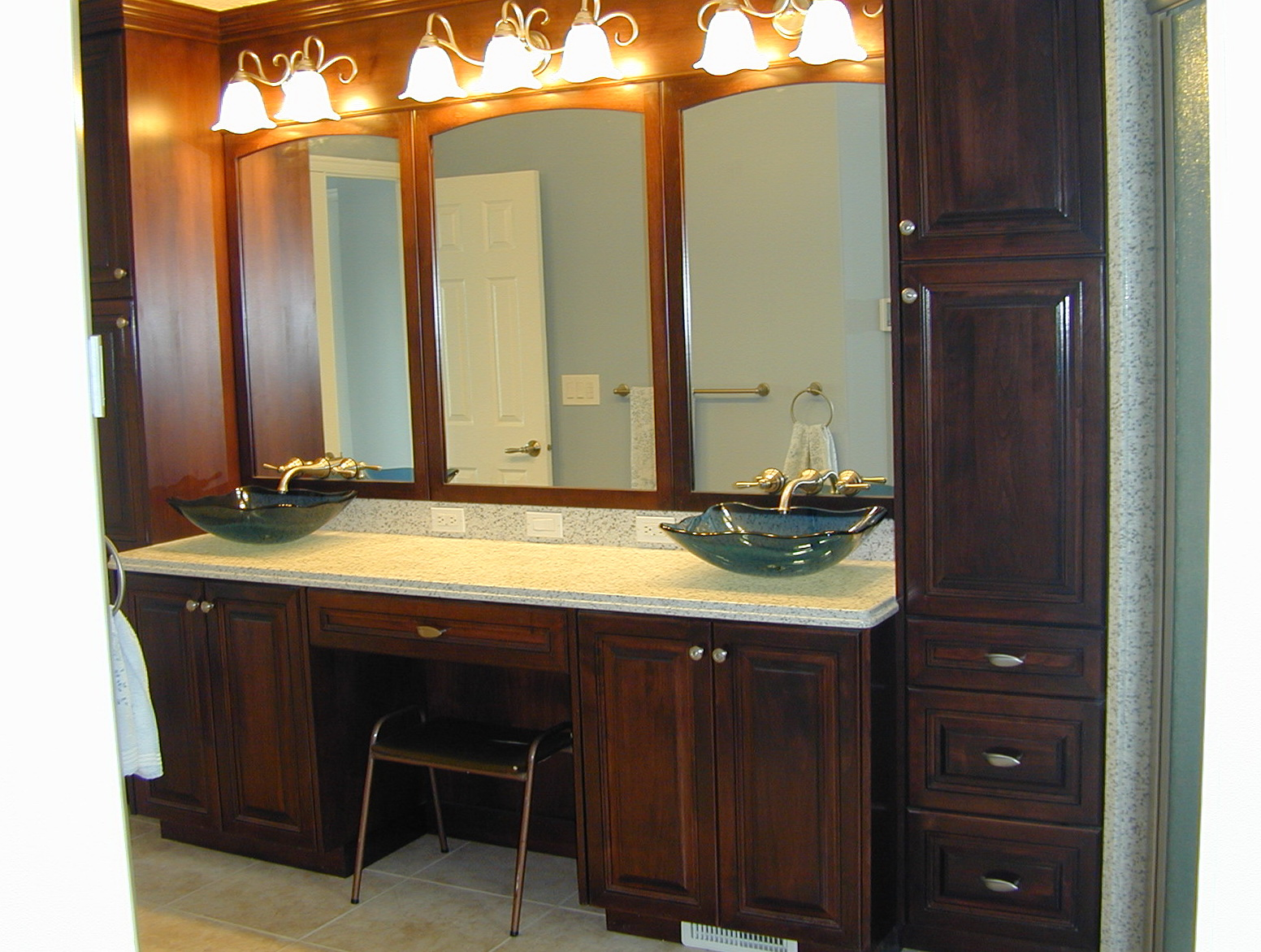 Master bathroom vanities ideas home design ideas for Master bathroom cabinet designs