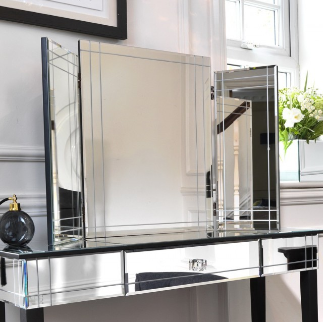 Mirrored Bedroom Vanity Set