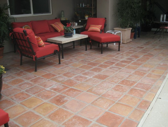 Outdoor Porch Tile Ideas