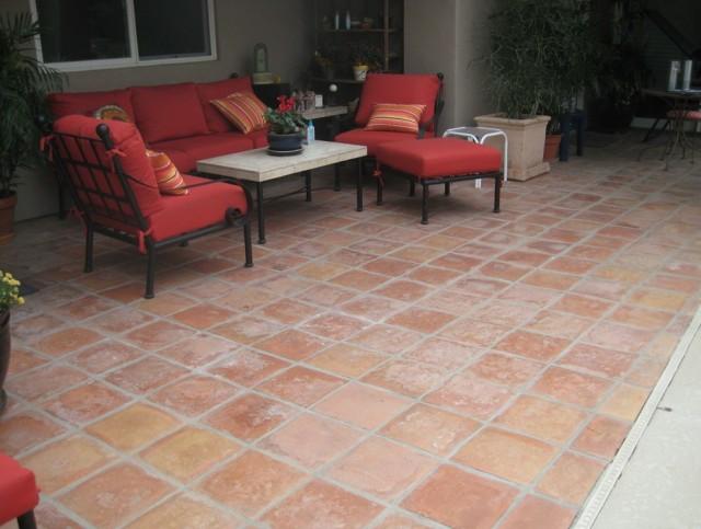 Outdoor Porch Tile Ideas