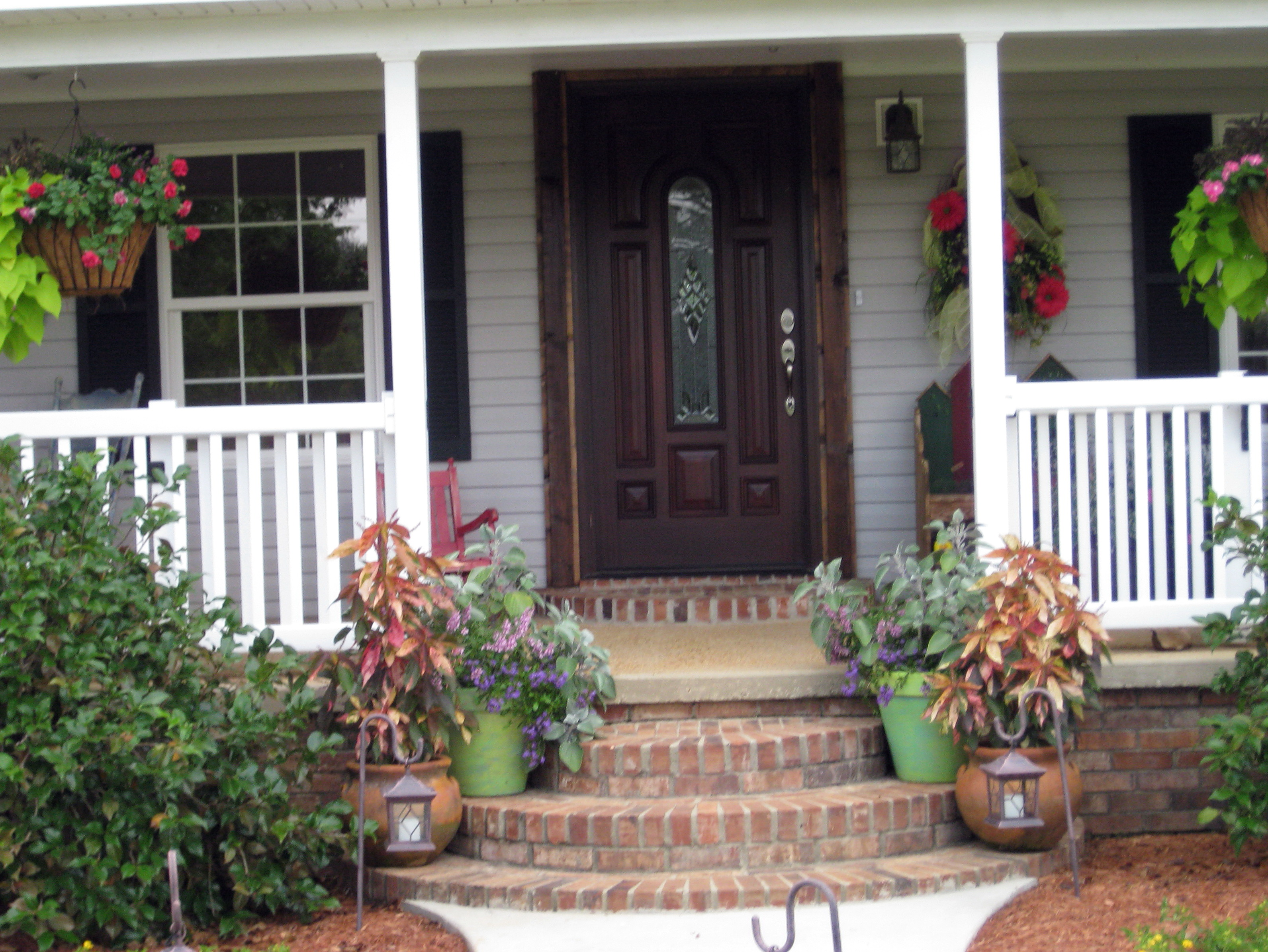 Small Front Porch Decorating Ideas For Winter Home