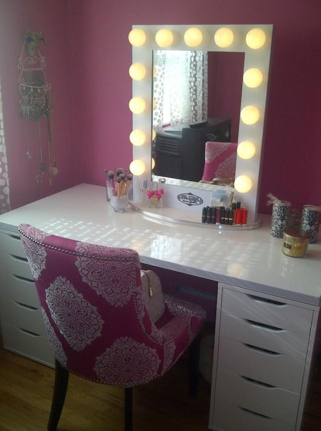 Vanity Mirror With Lights And DeskVanity Desk With Mirror And Lights   Home Design Ideas. Desk Vanity Mirror With Lights. Home Design Ideas