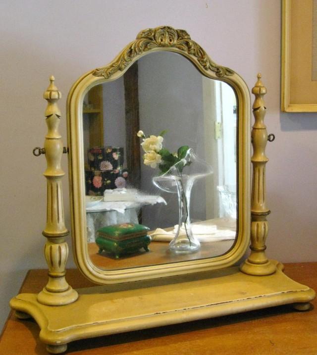 Vintage Vanity Mirror On Stand