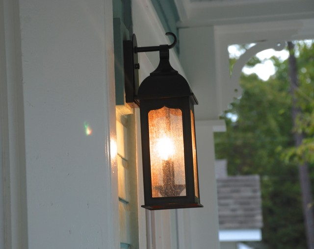 Front Porch Pendant Light