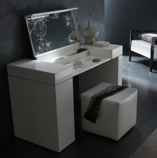 Vanity Set With Stool And Lighted Mirror
